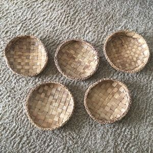 Group of 5 Vintage Wicker woven Round Baskets